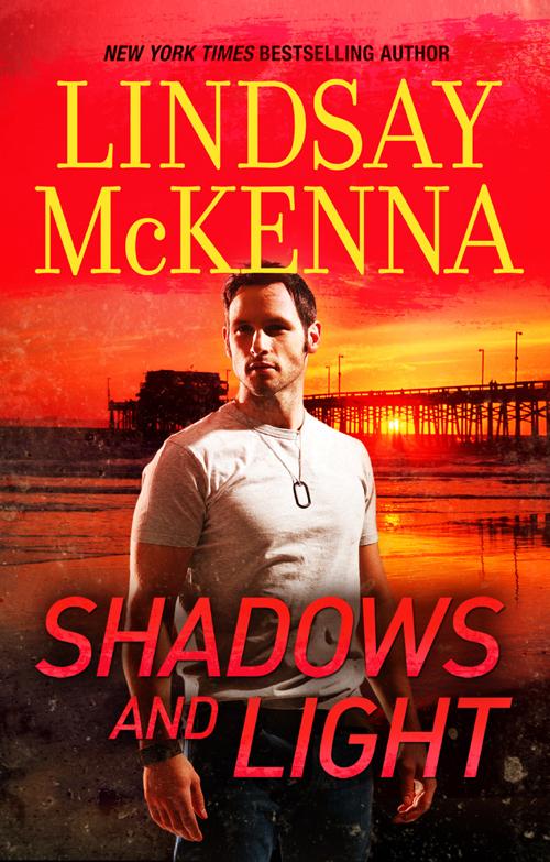 Lindsay McKenna Shadows And Light цена и фото